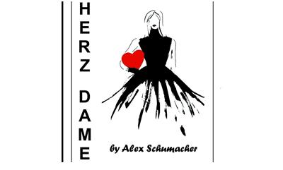 Herz Dame by Alex Schumacher