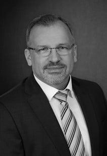 Dr. Markus Sarasa