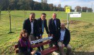 Erste Mitfahrerbank in Leichlingen offiziell eingeweiht